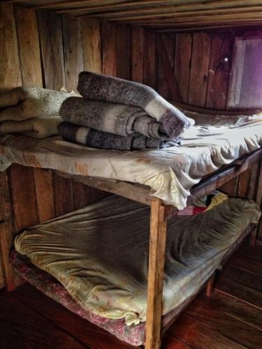 Aquilino O Ventiadero Bunk Beds